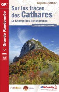 topo-guide Sur les traces des Cathares